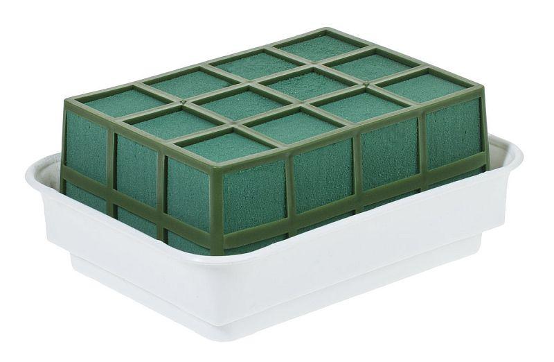 tischschmuck mit frischen blumen selber machen. Black Bedroom Furniture Sets. Home Design Ideas