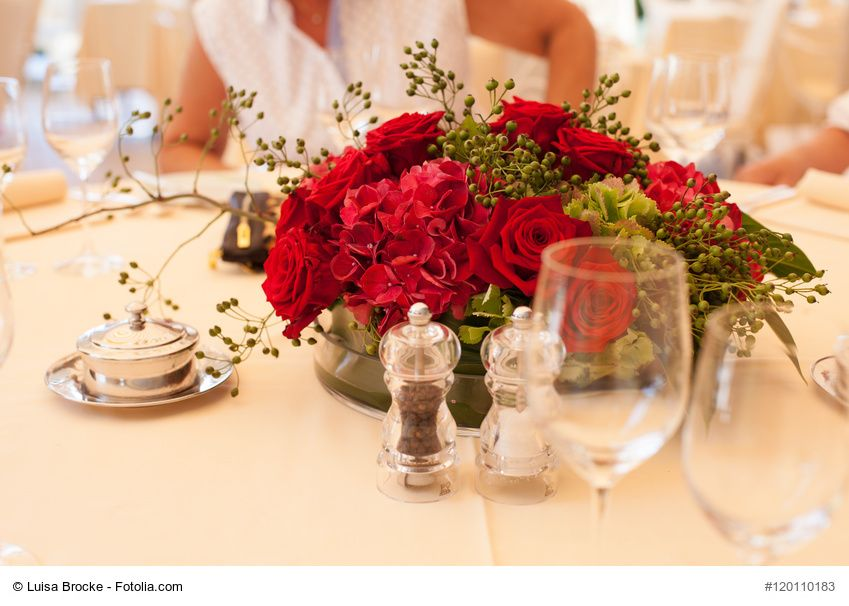 Deko Blumen tischdeko runder blumenschmuck
