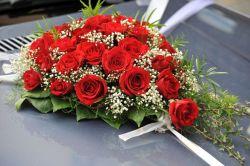 Hochzeit - Blumengesteck-Herz Auto, 37 cm, Saugnäpfe