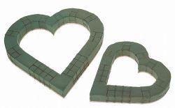 Herz aus Steckschaum, offen, 29 cm,  mit Drahtgitter