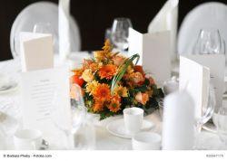 Teller mit Blumensteckschaumkugel, 26 cm